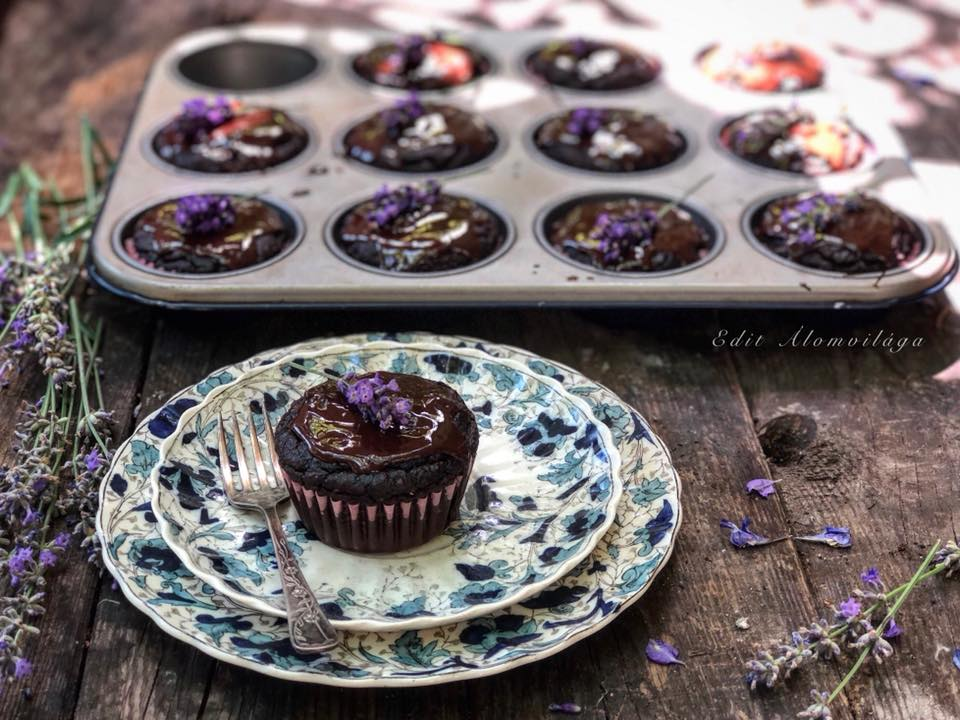 Avokádós-csokoládés muffin