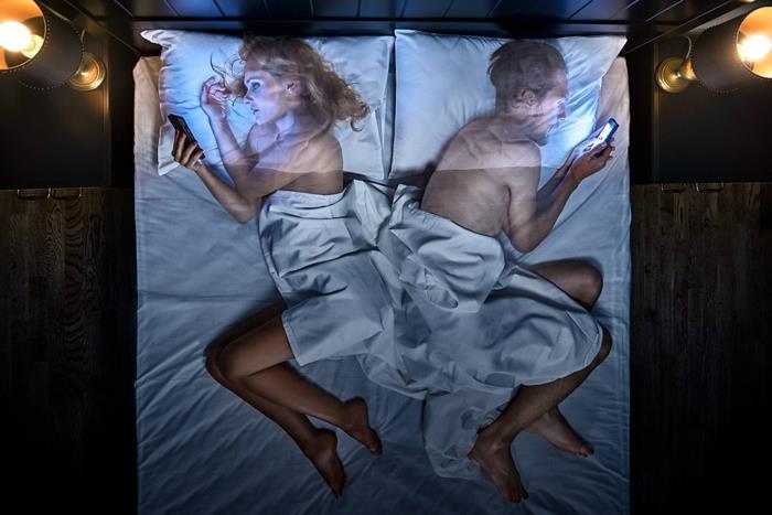 Virtuális élet – valóság helyett