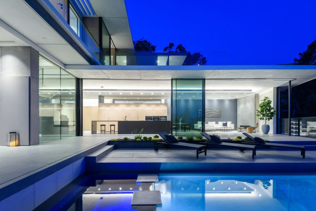 1807-Blue-Heights-Dr-Los-Angeles-CA-90069-22-1024x683