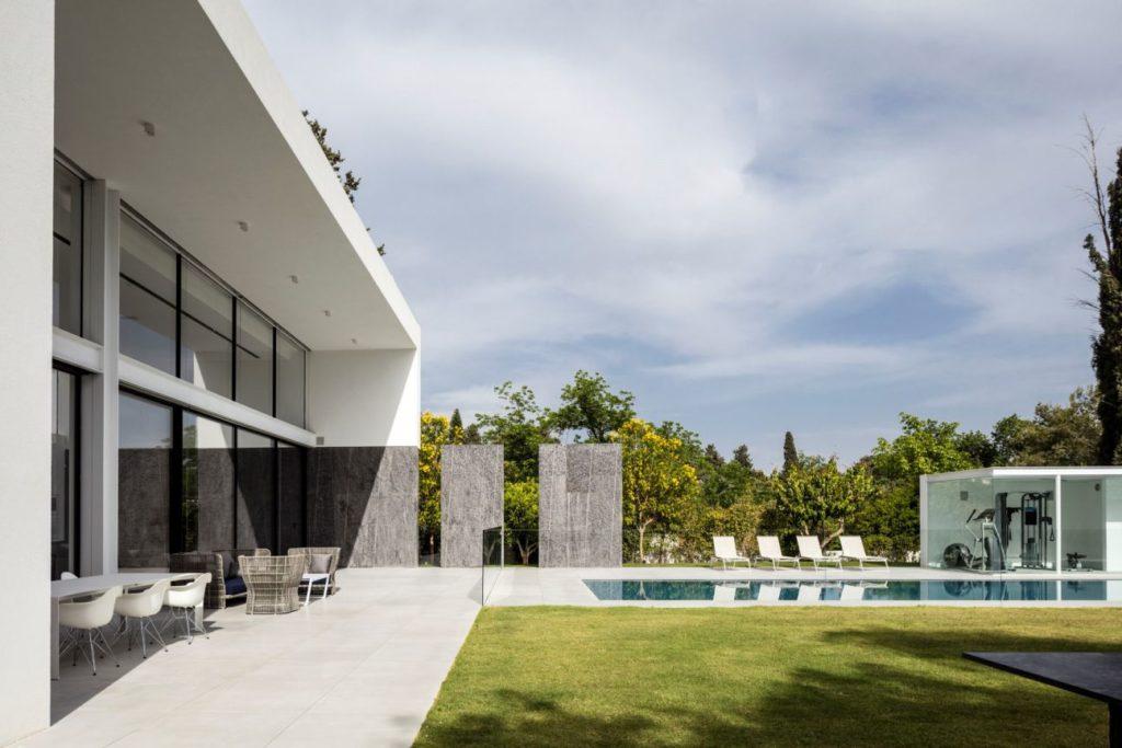 F-house-in-Savyon-Israel-by-Pitsou-Kedem-16-1024x683