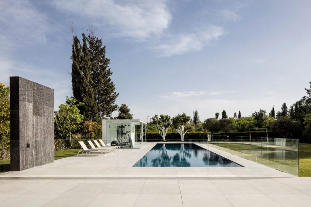F-house-in-Savyon-Israel-by-Pitsou-Kedem-17-1024x683