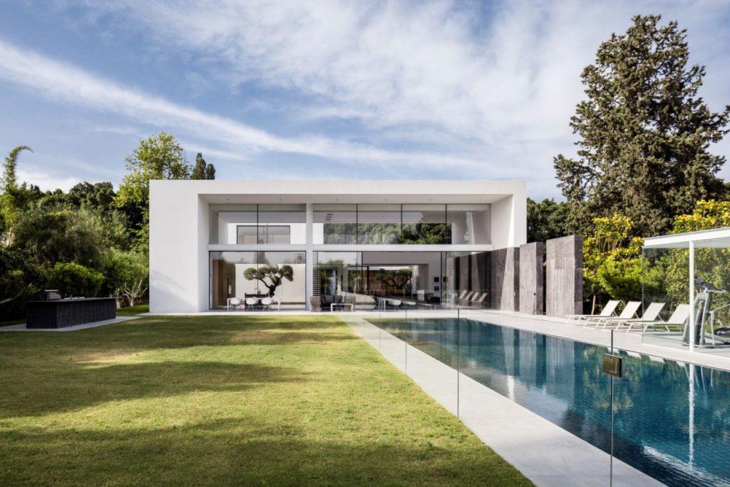 F-house-in-Savyon-Israel-by-Pitsou-Kedem-18-1024x683