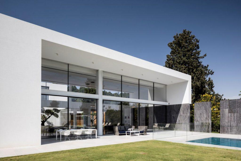 F-house-in-Savyon-Israel-by-Pitsou-Kedem-20-1024x683