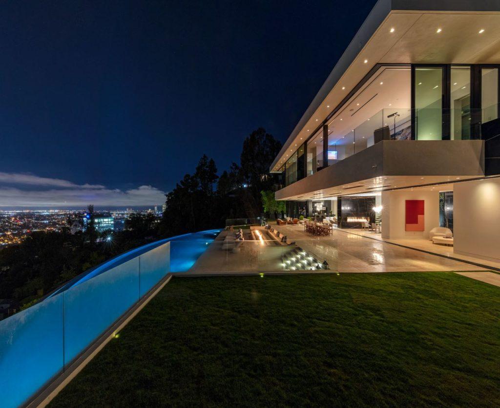 Modern-home-1415-Devlin-Dr-Los-Angeles-12-1024x835