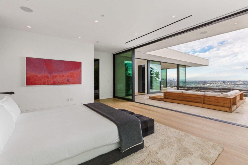 Modern-home-1415-Devlin-Dr-Los-Angeles-23-1024x683