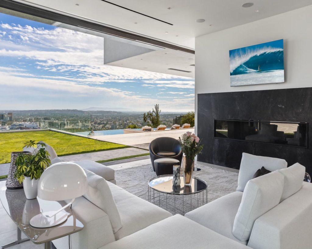 Modern-home-1415-Devlin-Dr-Los-Angeles-7-1024x816