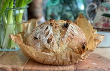 Feketemazsolás kenyér